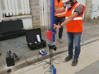 Batteuse électrique pour pénétromètre dynamique
