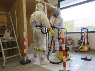 Les apprentis du CFA de Quimper seront formés pour les interventions sur les matériaux contenant de l'amiante.